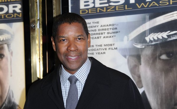 Hauptdarsteller Denzel Washington bei Premiere von FLIGHT. 17. Januar 2013, Empire Leicester Square in London © 2013 Stuart Wilson  ImageNet